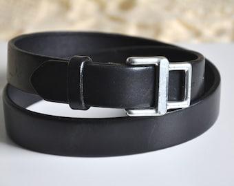 Vintage black leather belt, Banana Republic leather belt, high waist belt, silver metal belt buckle, Made in USA, XS