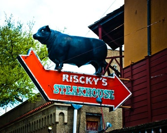 Fort Worth Texas - Neon Sign - Stockyards - Bar-B-Que - Steakhouse - Risky's