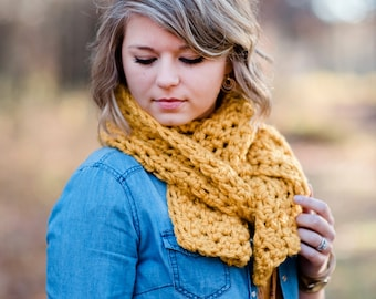 Women's Crocheted Scarf / Crocheted Scarf / Chunky Crocheted Scarf / Mustard Scarf
