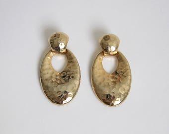 VINTAGE Earrings 1980s Dangling Gold Hammered Pierced