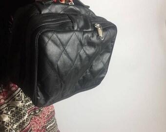 Leather makeup bag Makeup organizer Bridesmaid gift Toiletry bag Makeup case Zip travel Makeup storage Leather makeup case