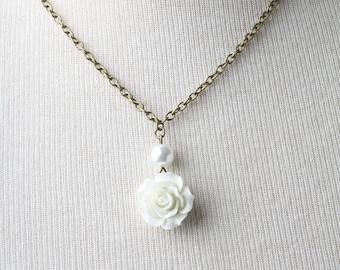 Rose Necklace, Bridesmaid Necklace, Garden Wedding Jewelry, White rose pendant necklace, White Necklace,  Bridesmaid Gift, Rose Jewelry