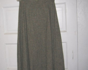 Dark green, polyester, Bobbie Brooks, vintage, skirt, retro,  classy, ladies