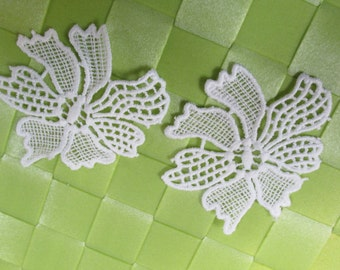 """2 pieces in 2 1/2"""" x 2"""" width in white color crochet poly floral applique to sew into your fashion/wedding decorative"""