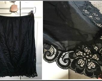 Vintage Lilliane Black Half Slip with Lacy Trim - Size Small