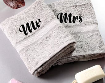 Mr and Mrs Bath Towels, Couples Gift, Wedding Gift, Anniversary Present, Luxury Bath Towel, Embroidered Towel, Personalised Gift