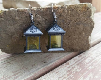 Square Lantern Charm Earrings - Snowflake Antique Lantern Plastic Charm Jewelry - Winter Christmas Costume Party Accessories