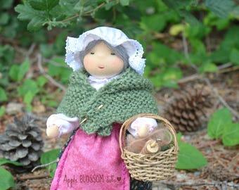 Mother Earth. Waldorf Mother Earth. Waldorf inspired doll.  Mutter Erde.
