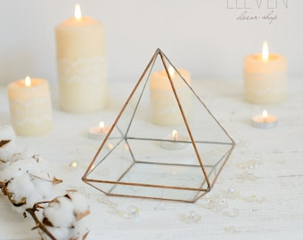 Glass geometric Terrarium - Handmade Geometric Terrarium - Glass Pyramid - Glass Planter- Home decor - Wedding table decor