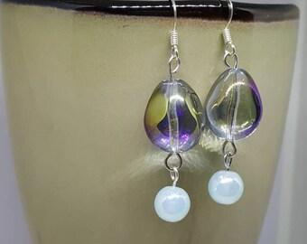 Pear Shape Glass Drop Earrings on Fishhook Earwires