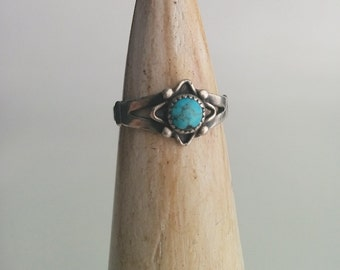 Sterling Silver Southwestern Native American Style Pebbled Turquoise Flower Stacker Stackable Ring
