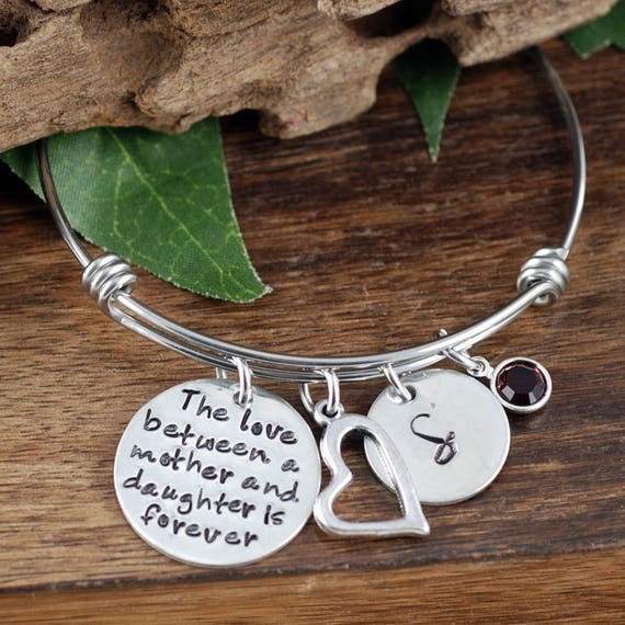 The Love between a Mother & Daughter Bracelet, Personalized Bracelet, Hand Stamped Bangle Bracelet, Mother Daughter Bracelet, Gift for Mom