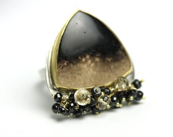 Fossil Palm Wood Statement Ring. 18k Gold Bezel Ring. Black Spinel and Champagne Citrine Clusters Ring.