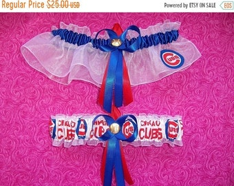 10% OFF SALE Chicago Cubs Wedding Garter Set   Handmade   Keepsake and Toss
