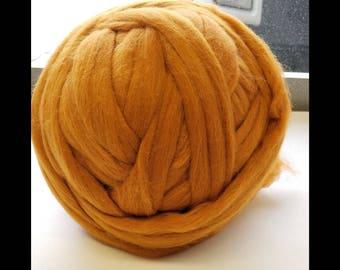 FREE Shipping  !!! AMBER◾  21.5 micron ◾ Merino Roving wool ◾ 66s ◾ 1 oz, 2 oz, 4 oz, 6 oz ◾