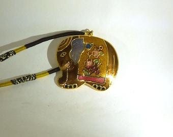 Pendant necklace Elephant