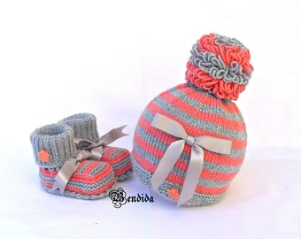 Baby Bow Beanie, Baby Girl Hat and Booties, Gray Pom pom Hat, Crochet Baby Shoes, Baby Shower Set, Orange Baby Shoes, Newborn Girl Clothes.
