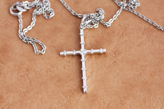 Diamond cross pendant in white gold rose gold yellow gold aloadofball Image collections