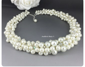 Bridal Jewelry Ivory Cluster Necklace Chunky Necklace Bridal Necklace Statement Jewelry Bridesmaids Necklace Gift for Her Wedding Necklace