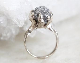 Big Raw Diamond Ring, Claw Ring, Rough Diamond Ring, Grey Raw Diamond Ring, Rough Engagement Ring, White Gold Engagement Ring, Gray Ring