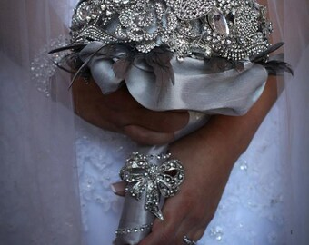 Crystal Brooch Bouquet with Feathers and Crystal Handle