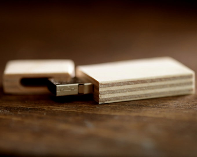 FAST USB 3.0 - 8gb-16gb-32gb wood USB 3.0 flash drive - Natural