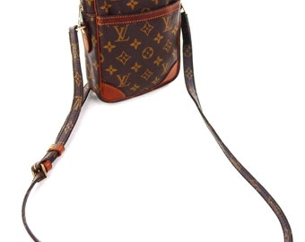 Authentic Vintage Louis Vuitton Danube Monogram Canvas Leather Crossbody Bag