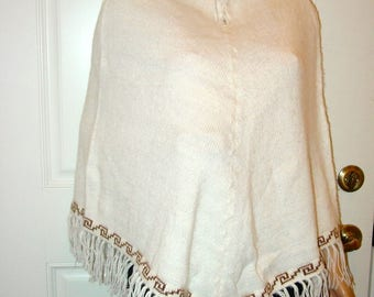 Peruvian 100% Alpaca Wool Poncho Cape Top Very Soft white