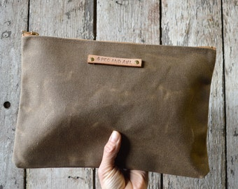 Large Waxed Canvas Pouch, Truffle, MakeUp Bag, Winter Clutch, Cosmetic Storage, Make-up Bag, Canvas Bag, Zipper Pouch, Gift for Him PCH14TR