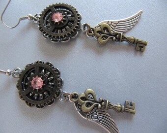Wing Earrings, Key Earrings, Steampunk Earrings, Gears, Steampunk Jewelry, Chandelier Earrings, Women Earrings,Gift Idea Under 20 Dollars