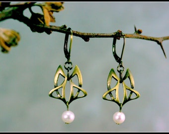 Art nouveau pewter and bronze antique earring - art nouveau jewelry - celtic jewelry - symbolic jewelry - handmade jewelry -medieval wedding