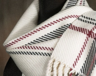 White scarf / handwoven scarf / merino wool scarf / winter scarf
