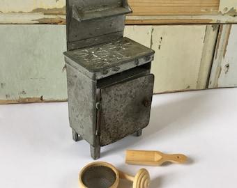 Vintage miniature kitchen stove