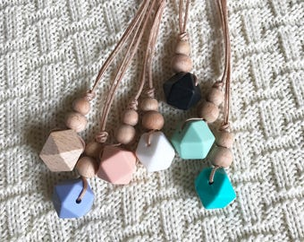 Silicone Teething Pendant Necklace, Nursing Necklace, Baby Chew Beads