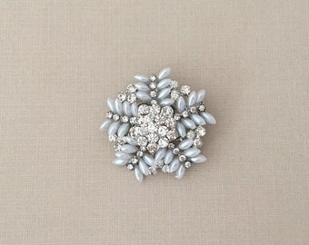 Pearl Rhinestone Snowflake Brooch.Snowflake Brooch.Crystal Snowflake Brooch.Snowflake Broach.Snowflake Pin.Silver Pearl.Winter.Christmas