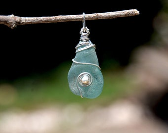 Roman Sea Glass Silver Pendant with a Pearl. Sea Glass Jewelry. Handmade Aquamarine Glass Pendant Silver Jewelry Free Shipping from Israel