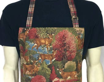 White Tailed Deer Apron , Professional chef apron , Adjustable with Pockets , Outdoors / Cabin decor , Deer Hunting / Aprons for men