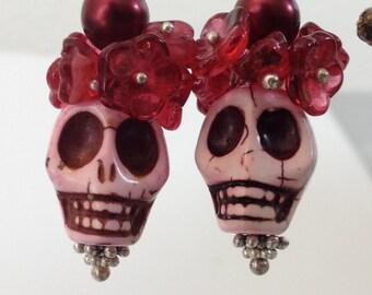 Sugar Skull,Pink Skull, Cranberry flower earrings Day of the Dead, Dia de los Muertos, Frida Khalo, Pink Calavera, Halloween bling