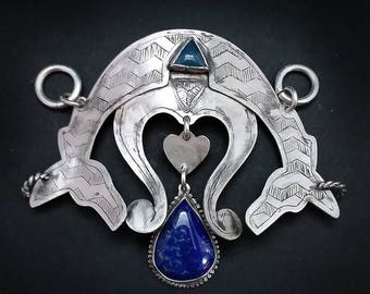 Large Pendant Zigzag Scribed with Lapis and Chalcedony