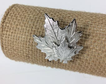 Silvertone Maple Leaves Brushed Metal Smaller Leaf Brooch Fall Canadian Emblem Canada 150 Celebrate