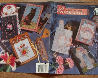 vintage 1993 plastic canvas patterns Bookmates - book cover and bookmark - cat/rose/cameo/fan/floral/Victorian