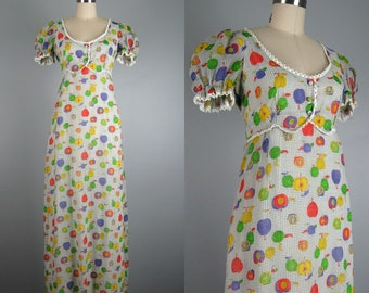 CLEARANCE // Vintage 1970s Dress 70s Gauze Fruit Print Maxi Dress with short Sleeves Size 4/S