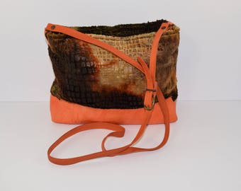 Hanging, cross or shoulder bag