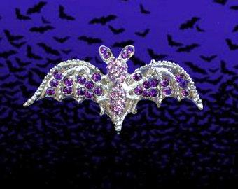 50% SALE Halloween Pin..Halloween Brooch..Halloween Jewelry..Halloween Jewlery..Halloween Jewerly..Bat Pin Bat Brooch Purple Jewelry 90s NOS