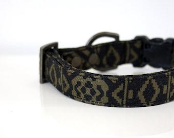 Southwestern Dog Collar - khaki, black - antique brass