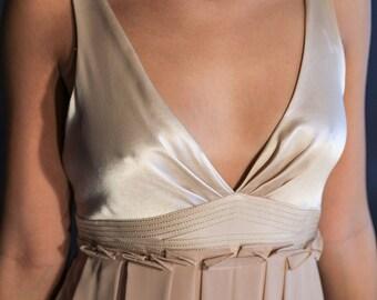 Vera Wang Evening Gown in Beige