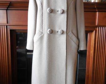SALE—-Vintage 1960s wool coat winter coat fur collar Youthcraft label size med