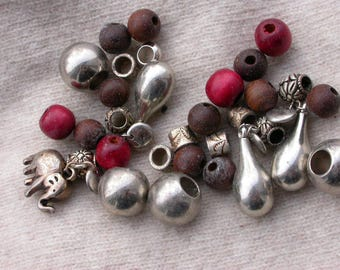 set of 15 wooden beads and assorted metal plastic