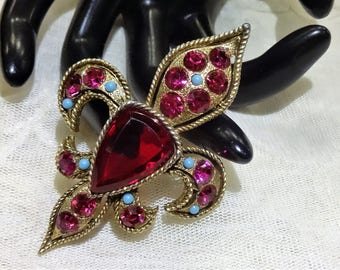 Beautiful Vintage BSK Red Glass, Pink Rhinestone and Blue Seed Bead Fleur de Lis Brooch
