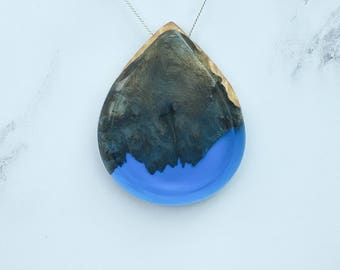 Resin and Wood Necklace, Ocean Blue Teardrop Pendant, Handmade, Handcrafted, Artisan Jewellery, Boho Jewelry, Epoxy Resin, Christmas Gift
